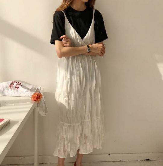 2色 ワンピース ロング丈 キャミソール ワッシャー Vネック ティアード フレア ゆったり 大人可愛い 韓国 オルチャン ファッション